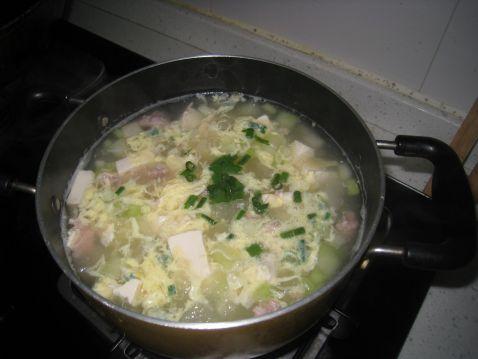 冬瓜豆腐玉米粒汤怎么做