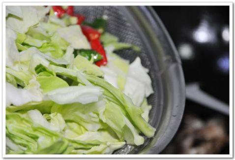 椒香包菜的简单做法