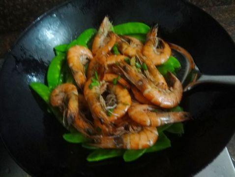 荷兰豆炒虾怎么吃