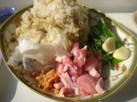 炖东北酸菜怎么炒