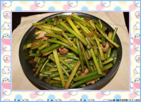 猪肉炒蒜苔怎么做