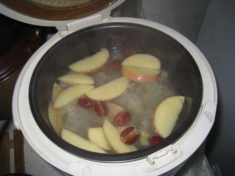 银耳海底椰瘦肉汤怎么吃