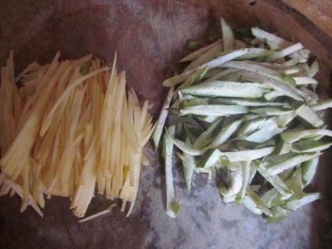 炒茄子土豆丝的做法图解