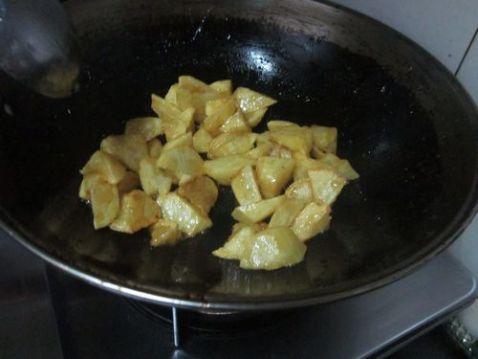 土豆挂浆怎样炖