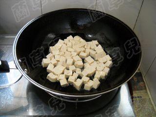 蒜苗炒豆腐的简单做法