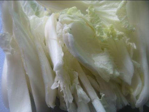 白菜红薯粉丝汤的做法图解