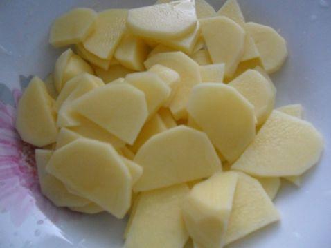 芹菜炒土豆片的做法图解