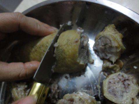 黑糯米釀猪大肠槐花汤怎样做