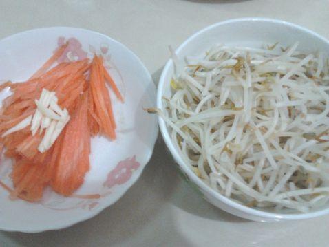 胡萝卜丝炒绿豆芽的做法大全