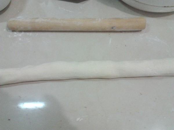 豆沙小花卷的做法【步骤图】_菜谱_美食杰