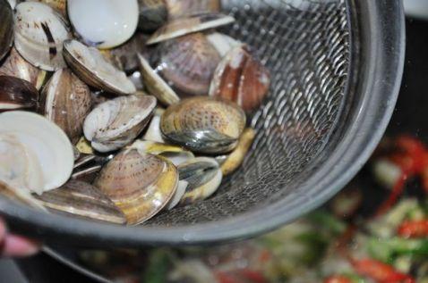 辣味花蛤的简单做法