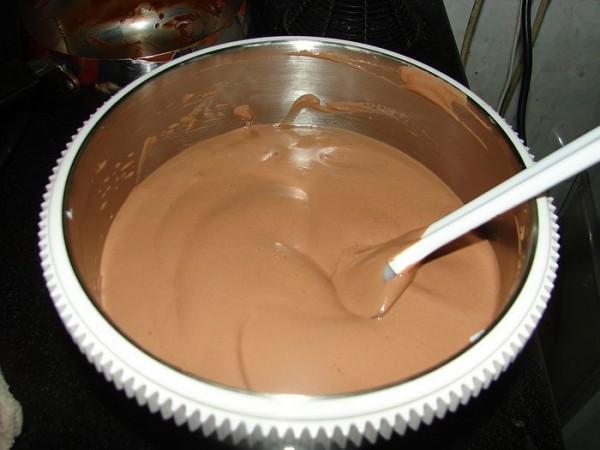 麻将榴莲慕斯蛋糕怎么做