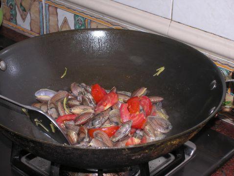 罗勒炒花蛤怎么吃