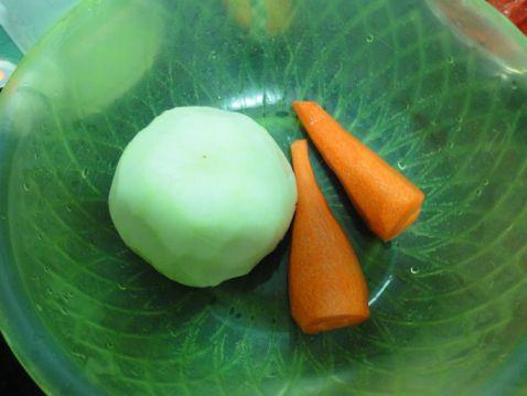 红萝卜大头菜猪骨汤的做法大全