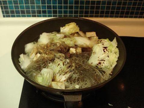 白菜豆腐炖粉条怎样煸