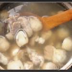 桔子啥样好吃草菇排骨汤的做法
