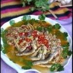泥鳅炖豆腐渣