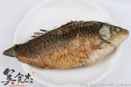 鲫鱼汤怎么吃
