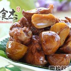 栗子炖猪肉的做法