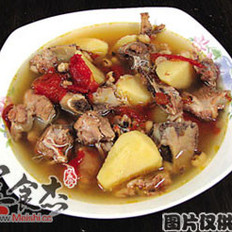 番茄薯仔骨汤