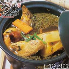 蜜枣麻根母鸡汤