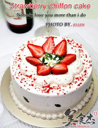 草莓戚风奶油蛋糕的做法