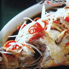 葱油蒸大黄鱼