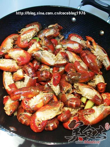 香辣龙虾怎么吃
