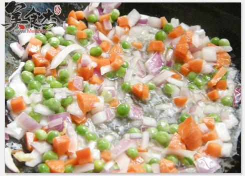 咖喱虾仁炒饭怎么吃