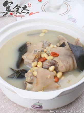 海带黄豆猪蹄汤的做法