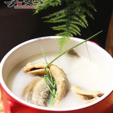 浓香奶白泥鳅汤