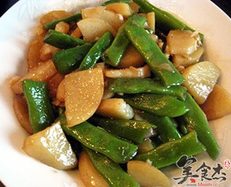 豆角炖土豆的做法
