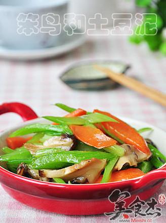 素炒香菇西芹的做法
