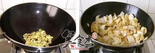 腊八蒜炒白菜的家常做法