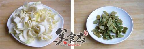 腊八蒜炒白菜的做法图解