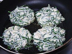 韭菜豆腐饼怎么煮