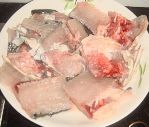 酸菜鱼汤的家常做法