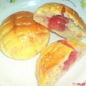 草莓菠萝包