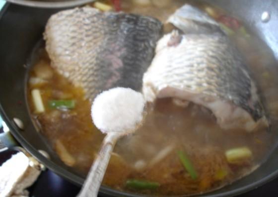 家常鲤鱼怎么煮