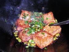 臭豆腐烩毛豆怎么炒