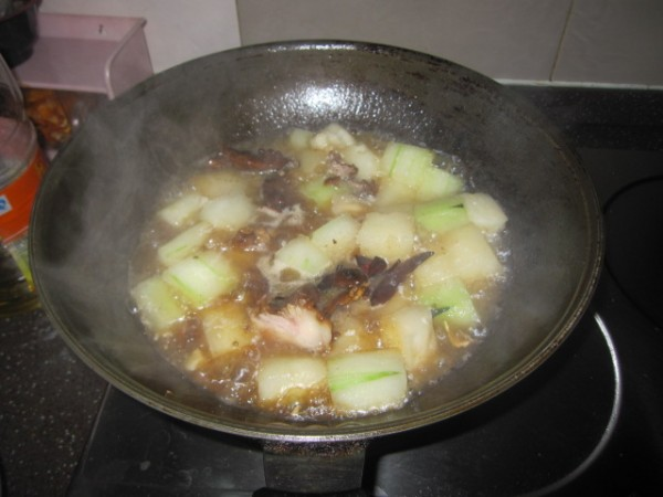 蒜香双瓜炖牛肉的简单做法