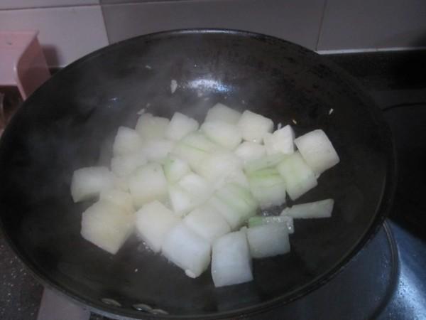 蒜香双瓜炖牛肉的家常做法