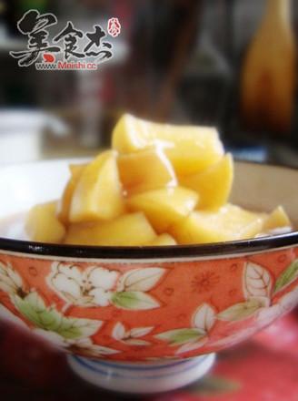 红豆桂圆汤煲苹果的做法