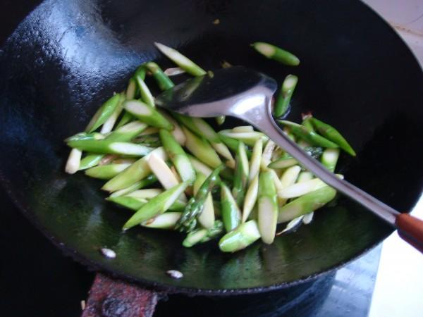 芦笋虾仁的简单做法