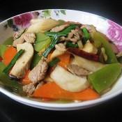 杏鲍菇杂蔬炒里脊肉