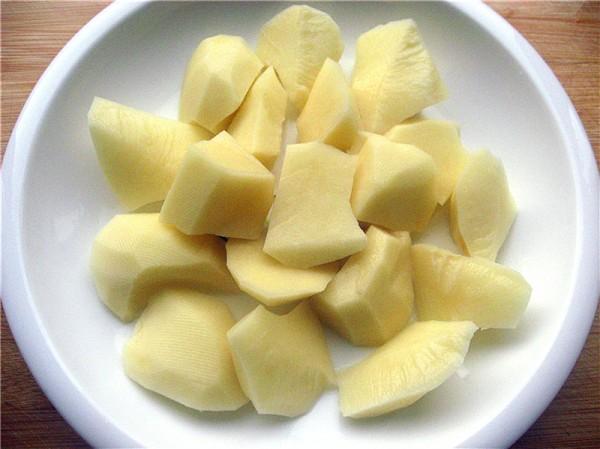 鸡肉炖土豆的简单做法