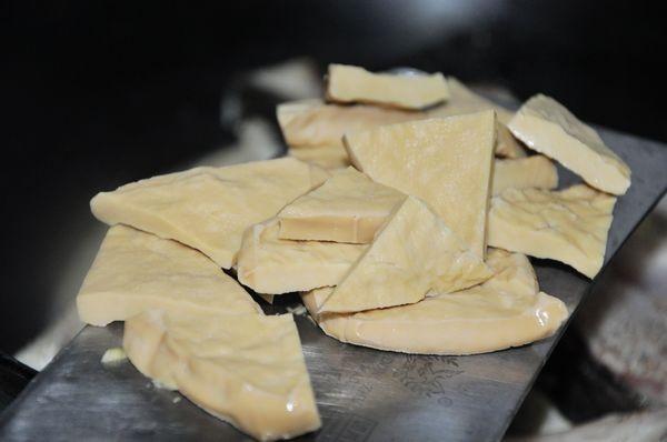 豆干焖草鱼的简单做法
