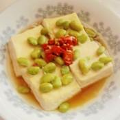 毛豆子蒸臭豆腐