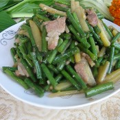 豇豆炒土豆丝