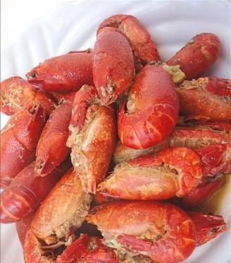 十三香小龍蝦的做法